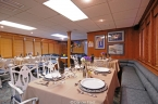 Liveaboards 24014489_wd_dining_wide640.jpg